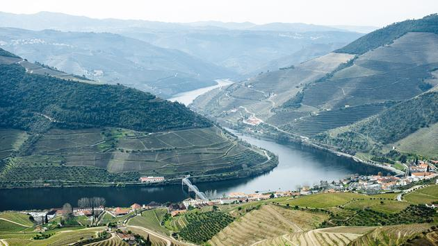 PHOTO: Douro Valley, Portugal (photo via Hans Brunk)