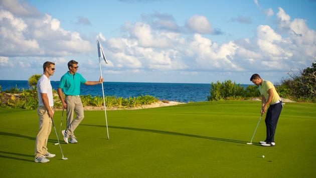 Golfing at Palace Resorts in Cancun