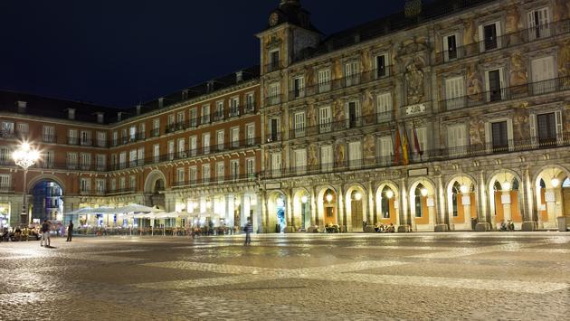 Famous Casa de la Panaderia on Plaza Mayor in Madrid, Spain