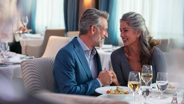 Dining aboard Seven Seas Navigator, Regent Seven Seas Cruises