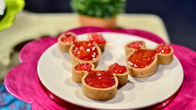 mickey tart, dessert, Epcot, Disney World, Flower and Garden Festival