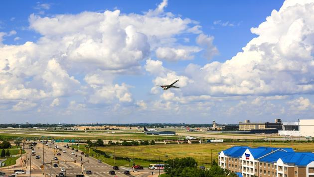 Plane taking off from Minneapolis-St Paul International Airport