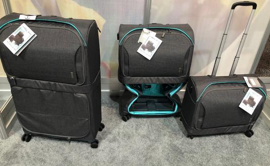 Fugu Rollux luggage