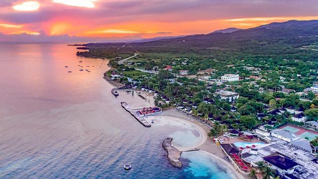 Royal Decameron Club Caribbean Resort