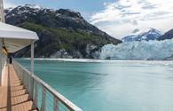 Cruise ship near glacier in Glacier Bay, Alaska.