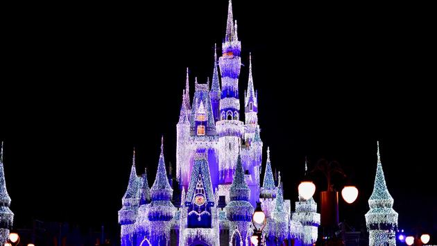 Cinderalla's Castle at Mickey's Very Merry Christmas Party