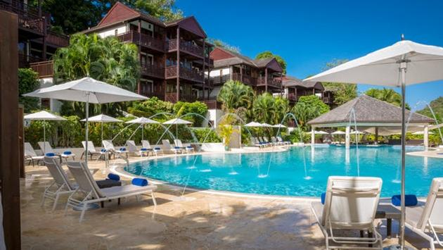 25% & More On Marigot Bay Resort's Sparkling Festive Package