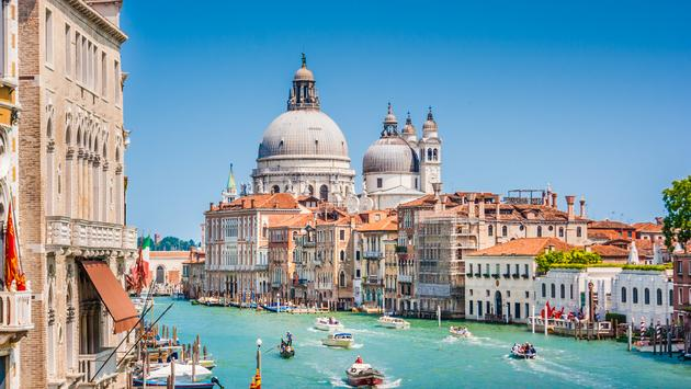 Canal Grande with Basilica di Santa Maria dell Salute - Railbookers