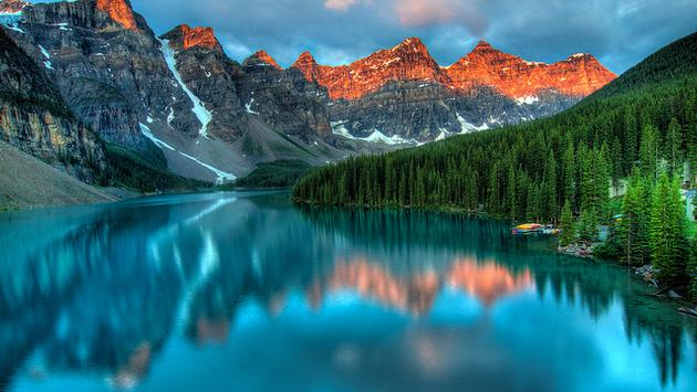 Sunrise at Moraine Lake, Alberta, Canada