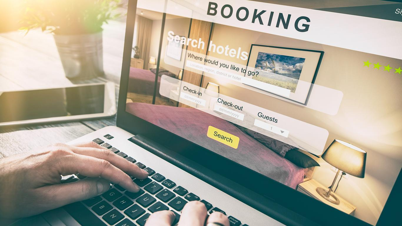 Study Shows Hotel Price and Ratings More Important Than Brand Name
