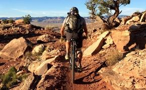 Mountain biking Moab, Utah