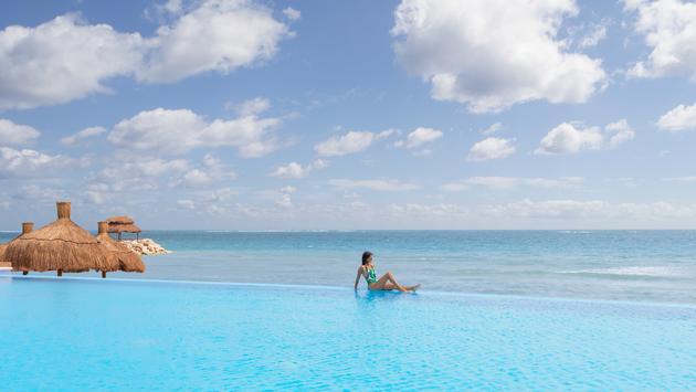Infinity pool at Ventus at Marina El Cid Spa & Beach Resort Cancun Riviera Maya