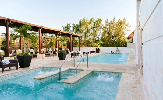 Fairmont Mayakoba Pool