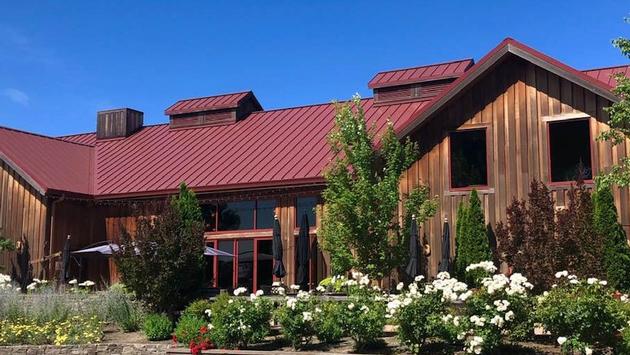 Oak Farm Vineyards Winery