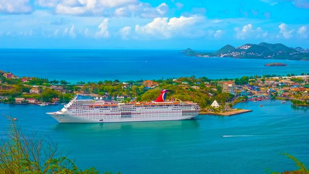 Carnival Cruise Ship Fascination at dock