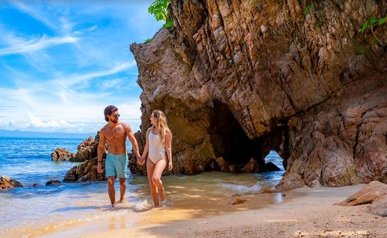 En Puerto Vallarta es posible realizar una gran cantidad de tours con los mejores guías, por su amplia variedad de opciones para recorrer la Bahía de Banderas.