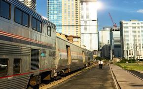 Train 21 stops in Austin en route to San Antonio
