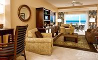 1 Free Night in the Caribbean Oceanview One Bedroom Concierge Suite