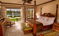Italian Two Bedroom Poolside Walkout Butler, Beaches Turks & Caicos