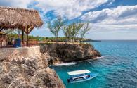 Rocky beach in Negril, Jamaica