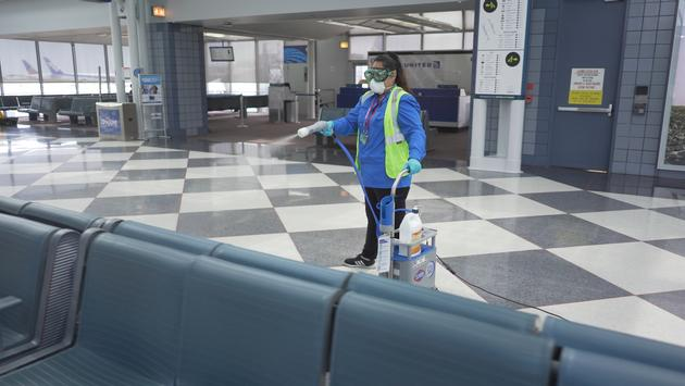 United Airlines rolls out the Clorox Total 360 System