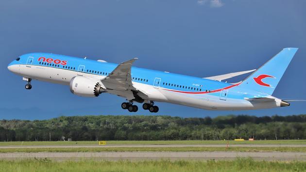Neos Air 787 Dreamliner