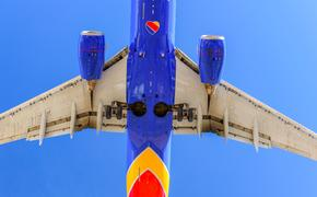 Southwest Airlines plane landing at Las Vegas' McCarran International Airport