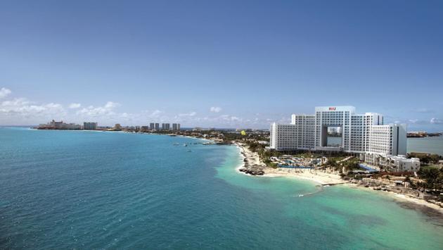 Hotel Riu Palace Peninsula in Cancun