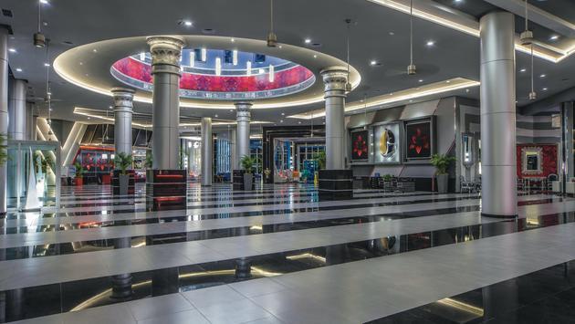 Lobby at Hotel Riu Cancun