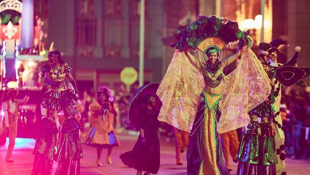 Mardi Gras parade performer