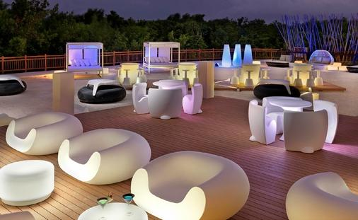 Complimentary Upgrades, Private Events and Much More at Paradisus Resorts in Playa del Carmen!