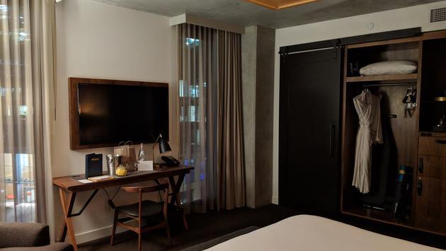 Guest room at Kimpton Hotel Born, Denver
