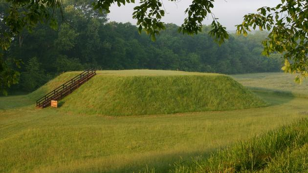 Etowah mound morning, Etowah Mounds State Historic Site