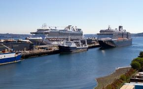 Cruise ships docked in Seattle, Washington