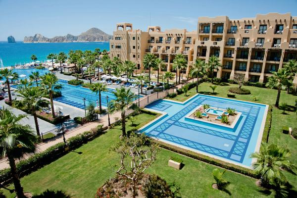 Enjoy Los Cabos With a Stay at One of These Three Resorts