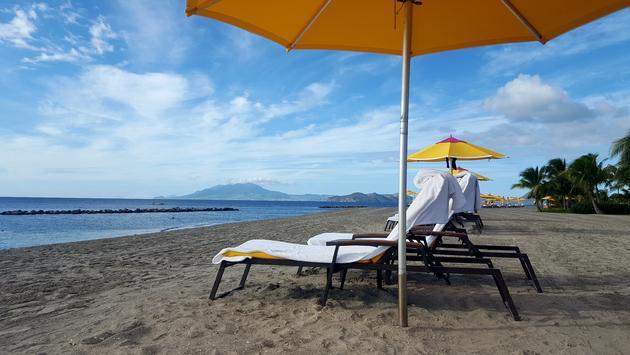 Four Seasons Nevis beach
