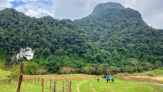 Hiking in the Phong Nha region