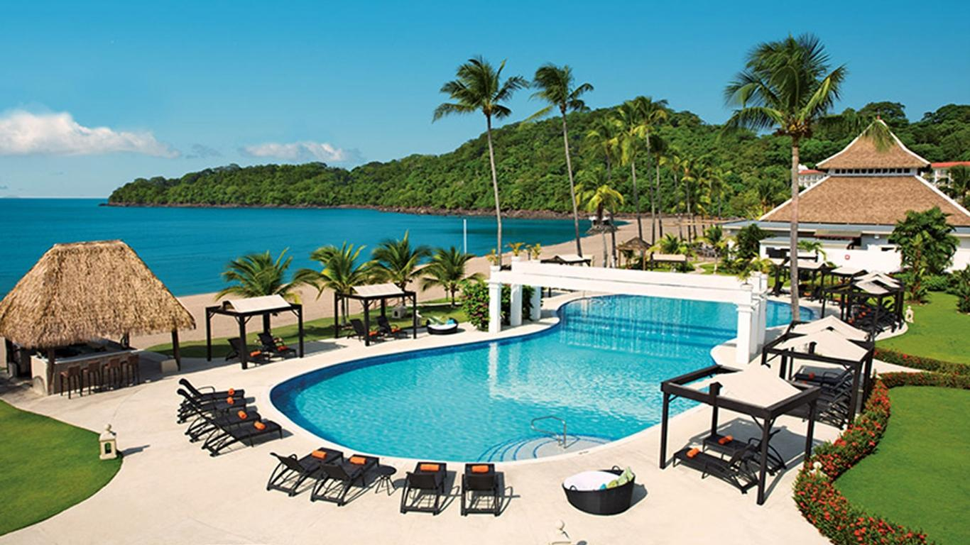 Unlimited-Luxury at Dreams Resorts & Spas Goes the Extra Mile for Guests
