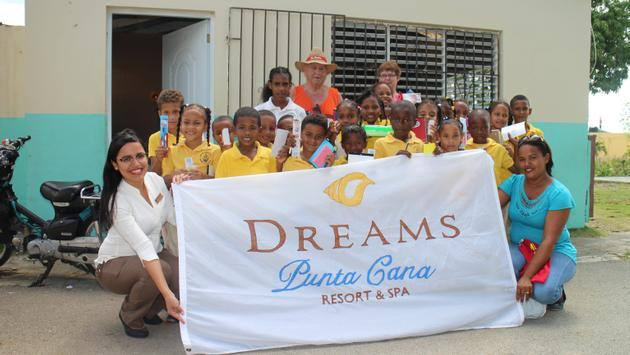 Dreams Resorts & Spas Gives Back