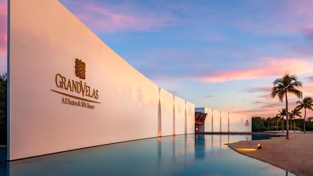 Grand Velas All Suites & Spa Resort in Riviera Maya