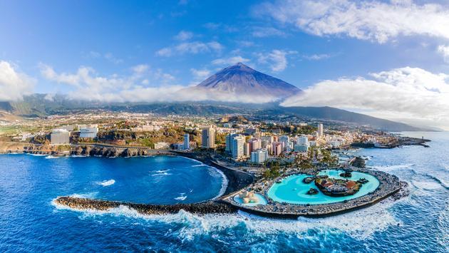 Aerial view of Puerto de la Cruz,Tenerife.