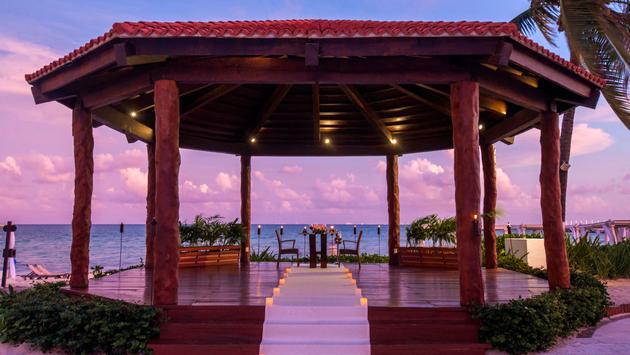 The Royal Playa Del Carmen, Playa Hotels