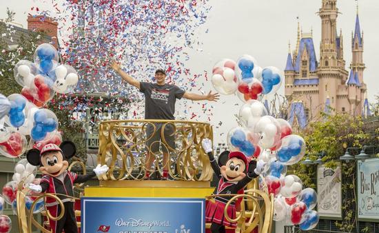 Tampa Bay Buccaneers Rob Gronkowski at Disney World.