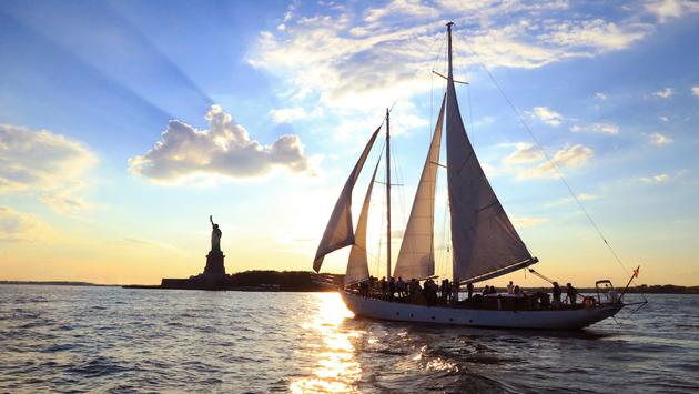 Conrad New York's Summer Sip & Sail Package