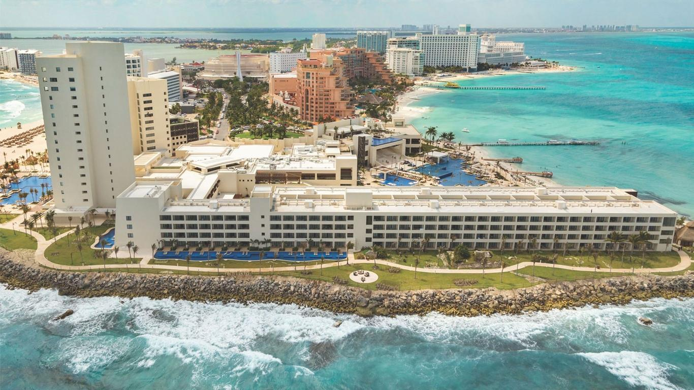 Fall in Love with These Cancun All-Inclusive Resorts