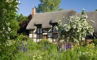 Anne Hathaway's Cottage © [Lee Beel]/[VisitBritain]