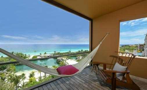 Become a Hotel Xcaret Mexico Xpert! Start today!