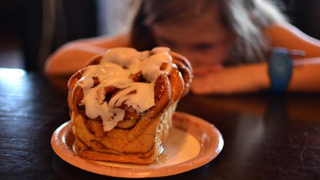 giant cinnamon roll, Gaston's Tavern, Magic Kingdom, Disney World