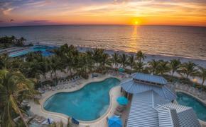 Naples Beach Resort
