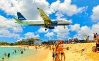 JetBlue flight landing at Princess Juliana International Airport in St Maarten